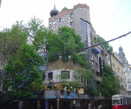 Зелёная кровля. Фриденсрайх Хундертвассер. Friedensreich Hundertwasser. Вена